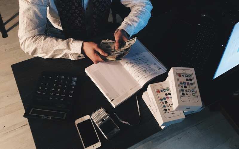 Come fare soldi onestamente e in maniera efficace