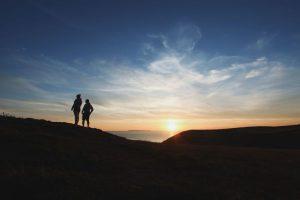 sferya-couple-sunset