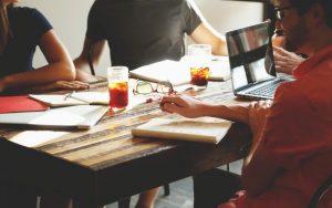 affrontare colloquio di lavoro, ansia da colloquio di lavoro, autopresentazione colloquio, abbigliamento colloquio di lavoro, curriculum vitae, lavoro, ansia, domande, compenso, colloquio conoscitivo, domande colloquio, sferya