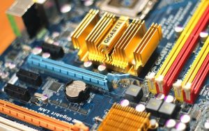 sferya-technology-computer-chips-gigabyte obiettivo raggiungere un obiettivo perseguire un obbiettivo obbiettivo da raggiungere