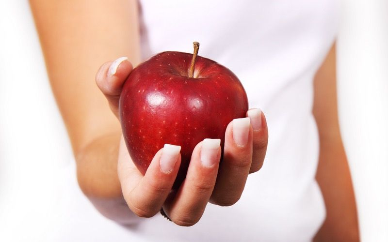 Dieta paleo: tutto ciò che devi sapere e qualcosa in più