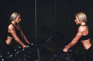esercizi massa muscolare, aumentare massa muscolare, allenamento massa